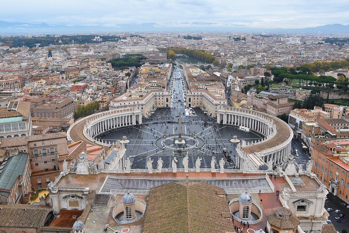 Het Sint-Pietersplein in Rome